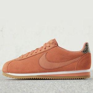 NIB Limited edition Nike X A.L.C. Cortez, blush